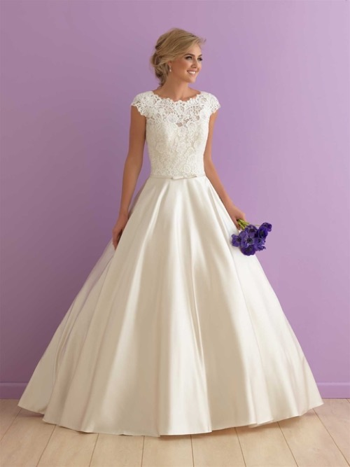 Wedding Dress Allure Romance 2914 (Front)
