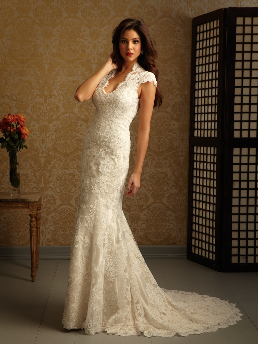 d89b9eae0a4 Wedding Dress Sample Sale - Sapphire Dresses   Sapphire Dresses